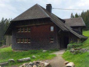Ferienhaus und Ferienwohnung in Roßla
